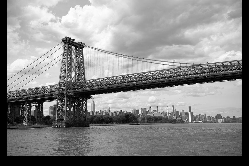 NY-bridge-bw